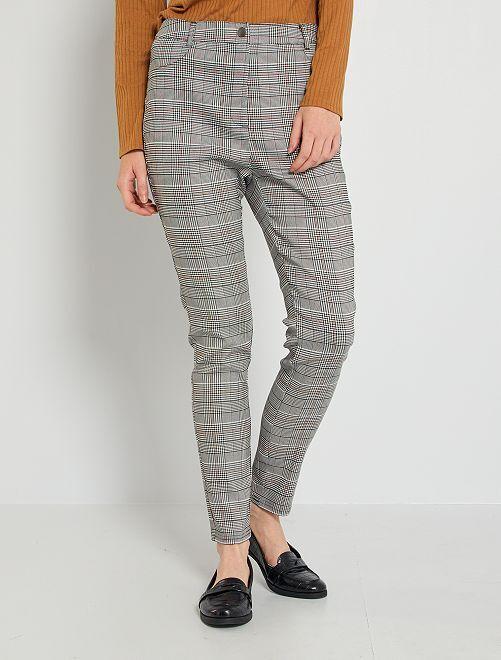Pantalón skinny                             GRIS