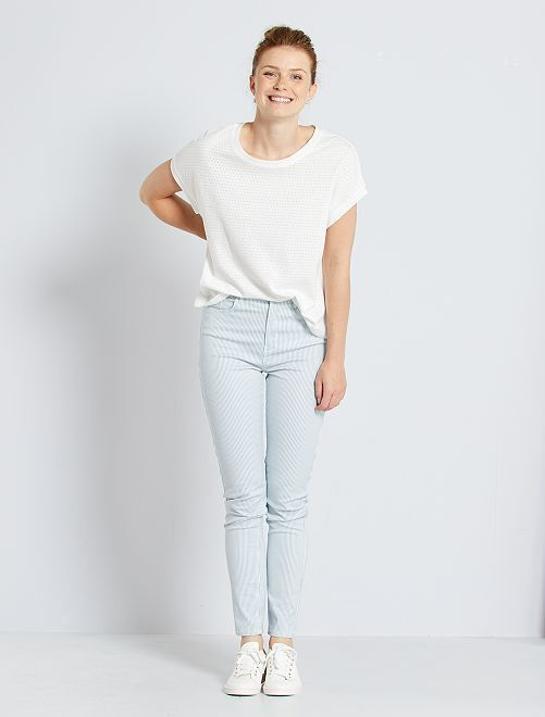 Pantalón skinny multibolsillos                                                                                                     BLANCO