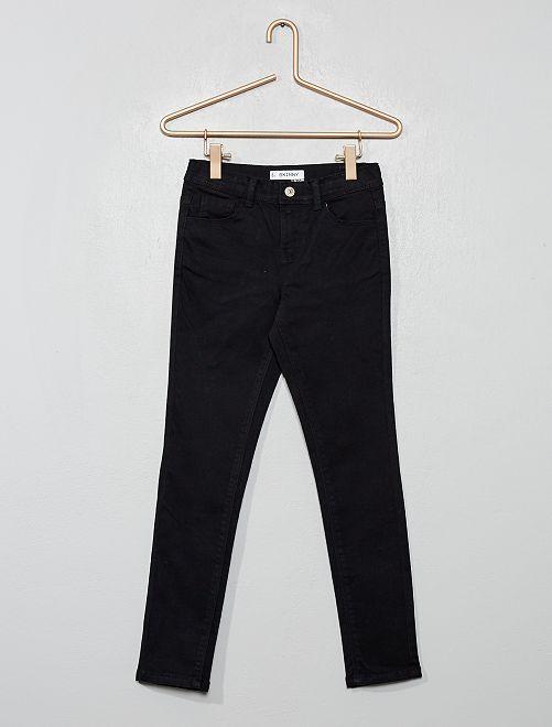 Pantalón skinny                                                                                                                                                                                                     negro