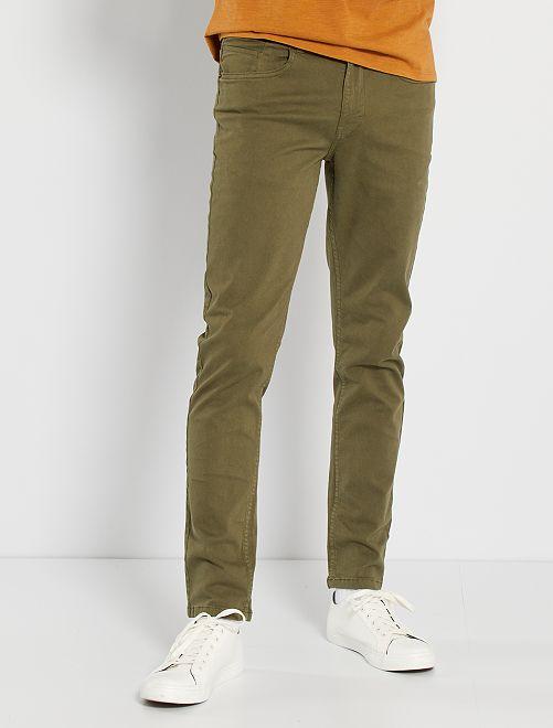 Pantalón slim 5 bolsillos de sarga                                                                                                                                                     KAKI
