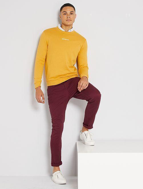 Pantalón slim 5 bolsillos de sarga                                                                             rojo