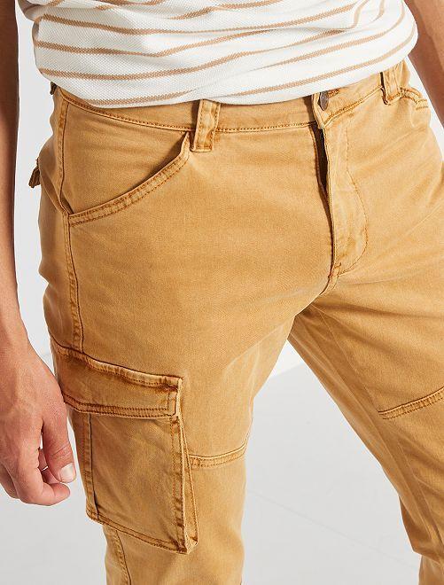 Pantalón slim cargo                                         BEIGE