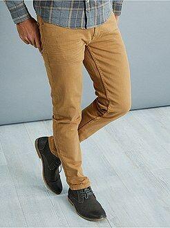Hombre Pantalón slim con 5 bolsillos de algodón elástico