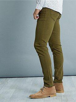Pantalón slim con 5 bolsillos de algodón elástico