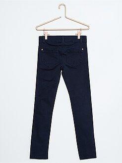 Pantalones, piratas - Pantalón slim de algodón con 5 bolsillos