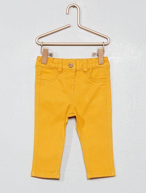 Pantalón slim de algodón elástico                                                     AMARILLO Bebé niña