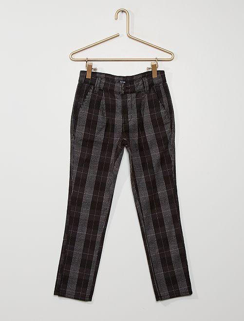 Pantalón slim de cuadros                             NEGRO