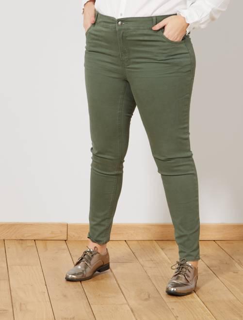 Pantalón slim de gabardina elástica                                                     verde oscuro Tallas grandes mujer