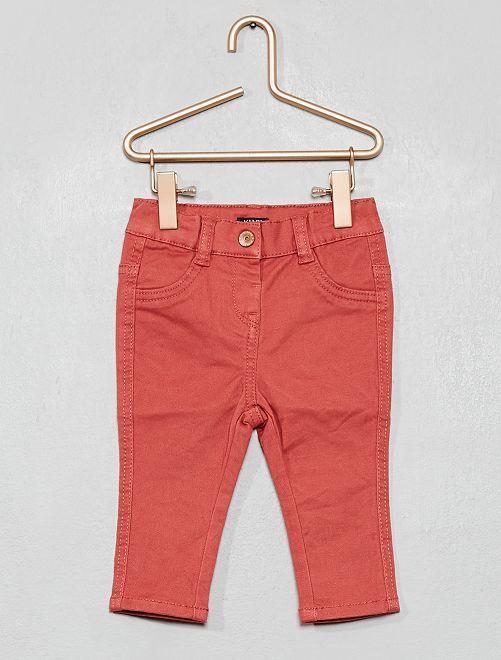 Pantalón slim de sarga elástico                                                                             rosa