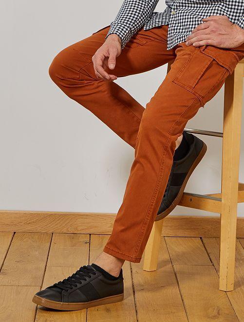Pantalón slim estilo cargo                     NARANJA
