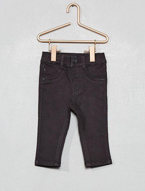 Pantalón slim                                                     gris oscuro
