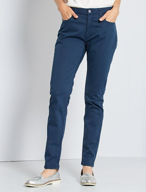 Pantalón slim multibolsillos                                                                                                                                         azul