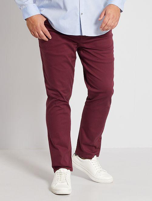 Pantalón slim                                                     rojo burdeos