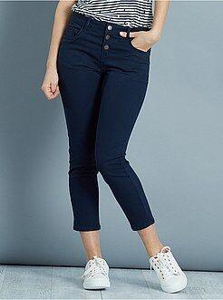 Pantalones slim - Pantalón slim tobillero con 3 bolsillos