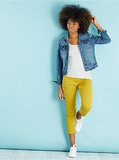 Mujer Pantalón slim tobillero con 3 bolsillos
