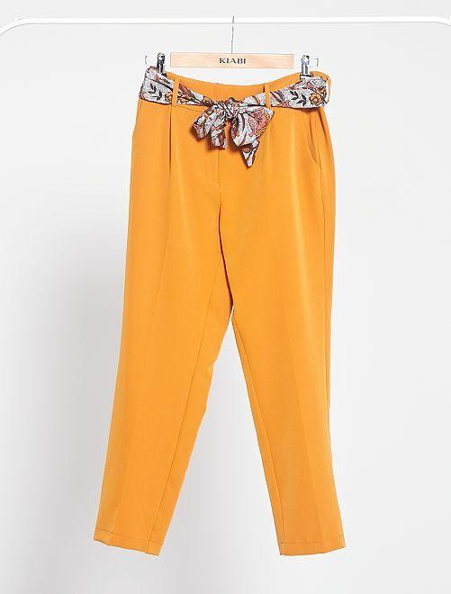 Pantalón slim vaporoso con cinturón tipo pañuelo                             MARRON