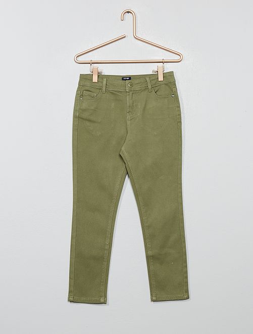 Pantalón slim                                         verde liquen