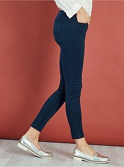 Pantalones slim - Pantalón superskinny con efecto push-up