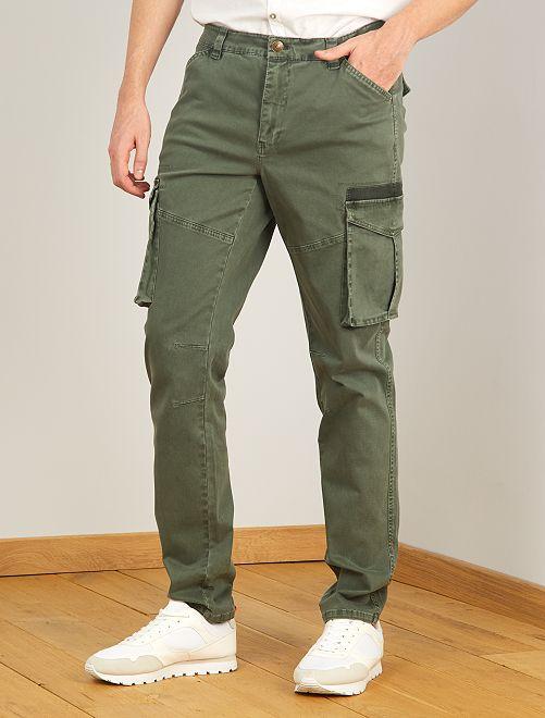 Pantalón tipo cargo L36 +1,90 m                                         verde selva