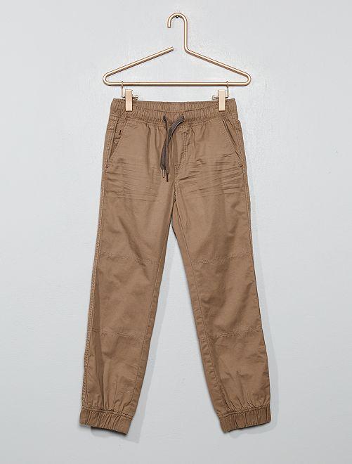 Pantalón tipo jogger                                                                             gris beige