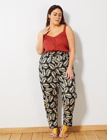 c439d97996d Rebajas pantalones de tallas grandes para Tallas grandes mujer | Kiabi