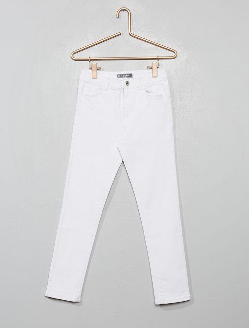 Pantalón vaquero pitillo                             blanco