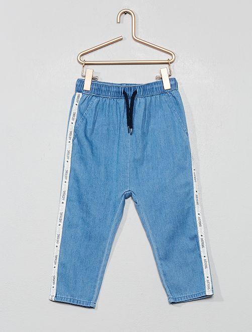Pantalón vaquero vaporoso con bandas laterales                             azul