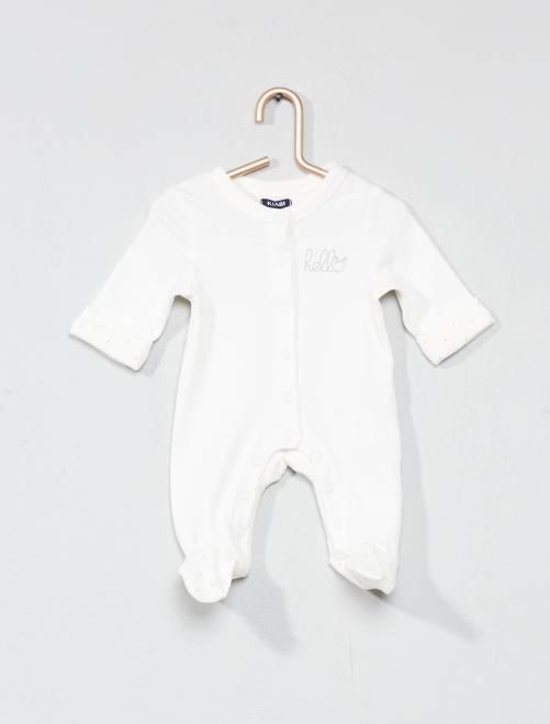 Pijama con estampado de 'estrellas'                                         BLANCO