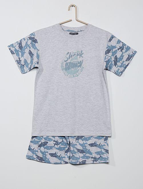 Pijama corto estampado 'tiburones'                     gris