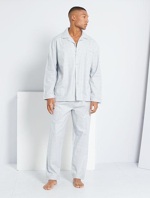 Pijama de franela a cuadros                                         gris
