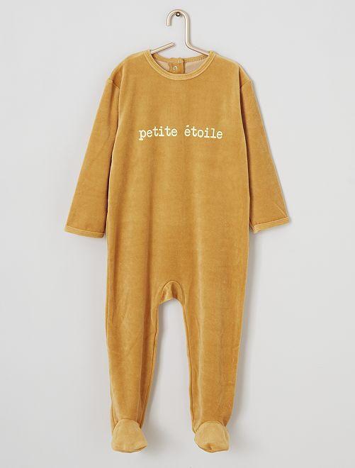 Pijama de terciopelo estampado                                                                                         estrella