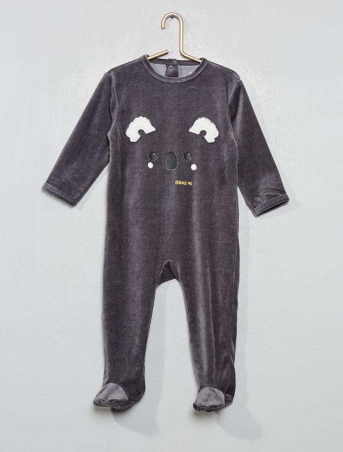 Pijama de terciopelo                                                                                                     GRIS