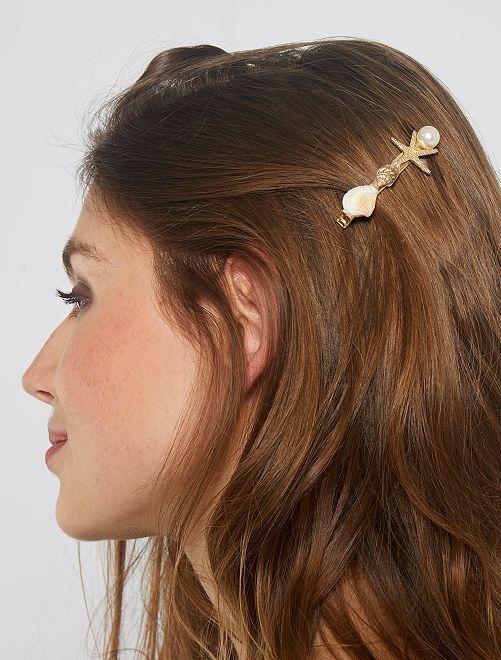 Pinzas para el pelo de conchas                             dorado