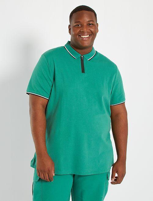 Polo slim con cuello con cremallera                                         verde pino
