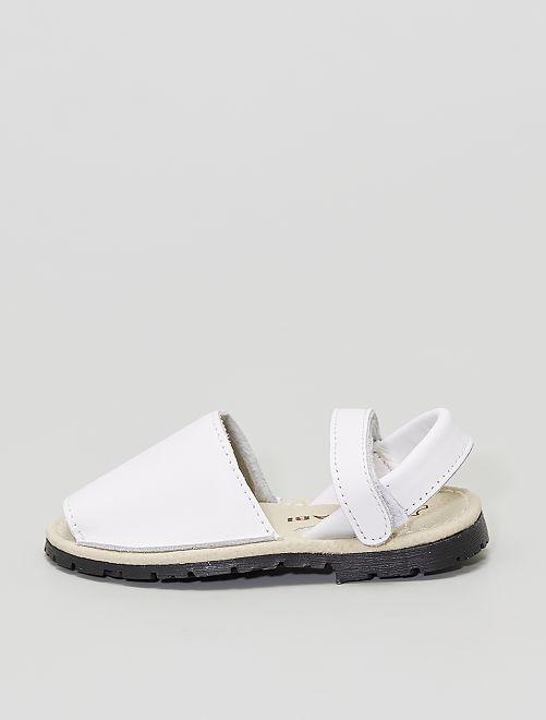Sandalias abiertas                             blanco