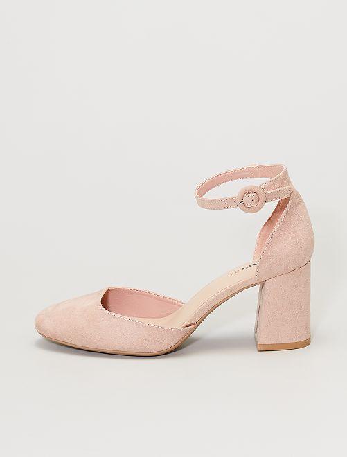 Sandalias cerradas con tacón                                         rosa