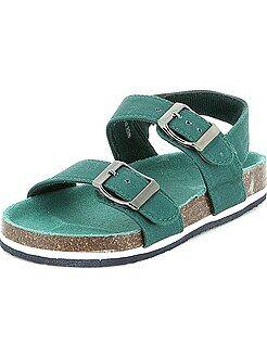 Zapatos, zapatillas verde - Sandalias cómodas
