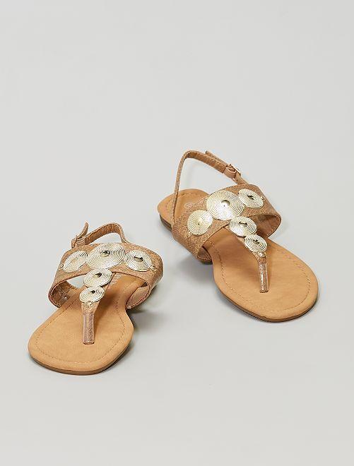 Sandalias con círculos dorados                             BEIGE