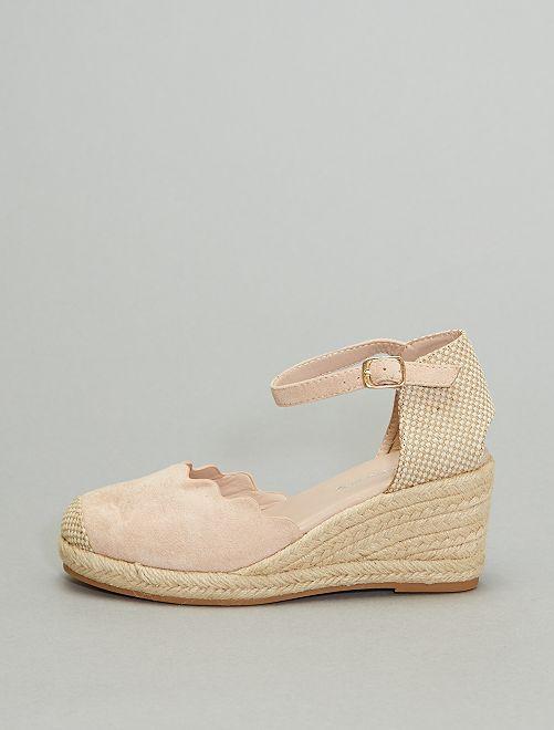 Sandalias con cuña                                                     beige