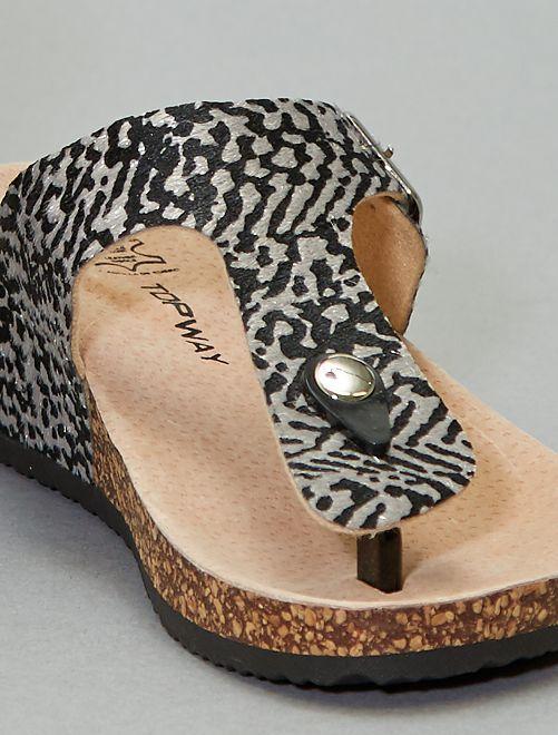 Sandalias con cuña de corcho                             negro