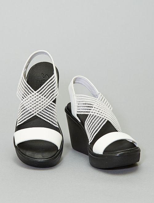 Sandalias con cuña 'Skechers'                     blanco