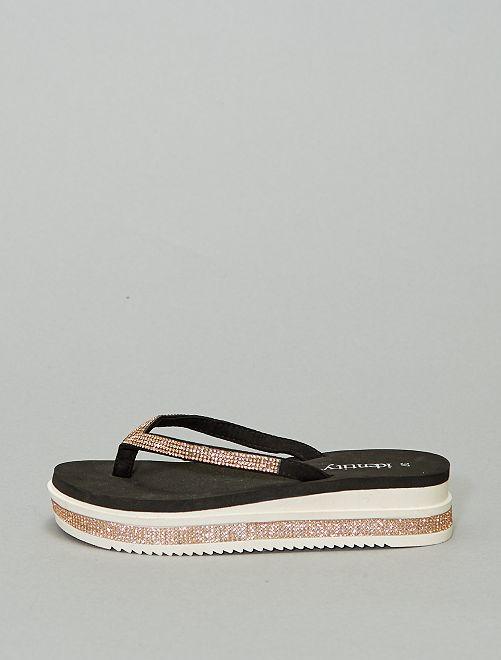 Sandalias con strass y plataforma                             ROSA
