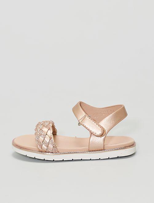Sandalias con tiras trenzadas brillantes                             beige oscuro