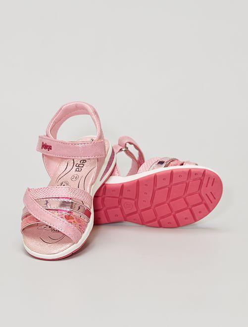 Sandalias con velcros                             ROSA