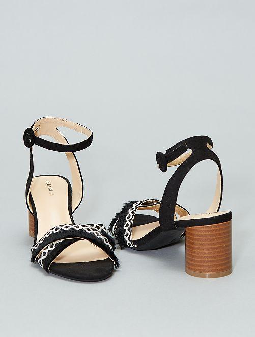 Sandalias cruzadas con flecos                             negro Mujer talla 34 a 48