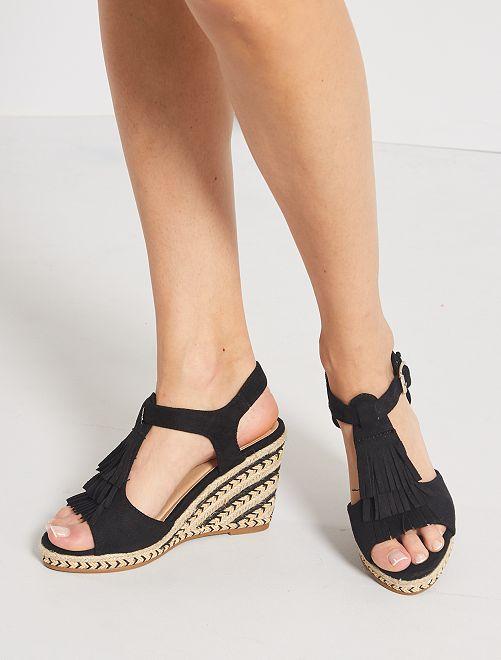 Sandalias de antelina con cuña                                         NEGRO