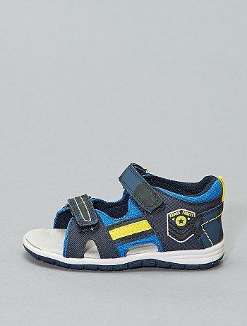 409c9efd Rebajas la mejor colección de sandalias para Niño | Kiabi