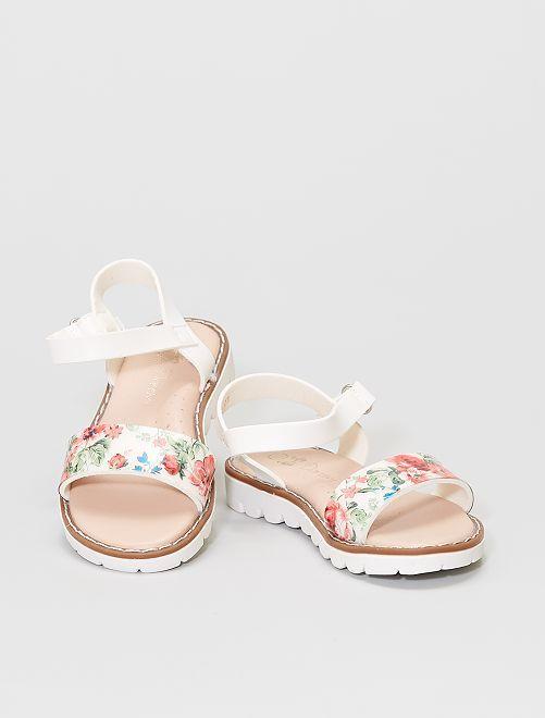 Sandalias de plástico                             blanco