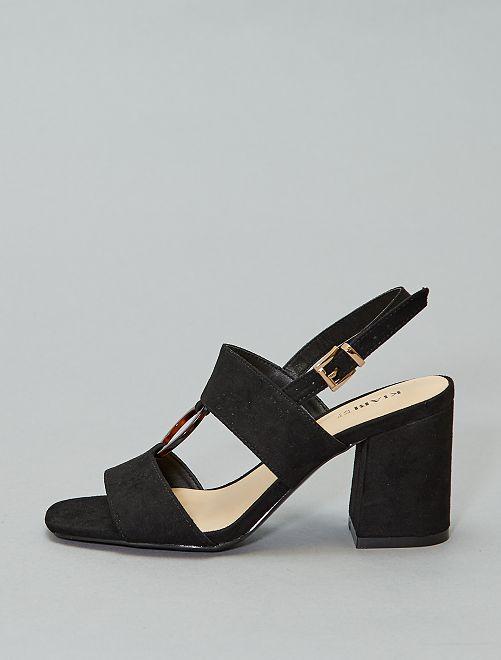 Sandalias de tacón con anilla                                         negro