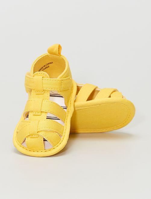 Sandalias de tela                             AMARILLO